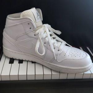 👟NIKE AIR JORDAN sneakers
